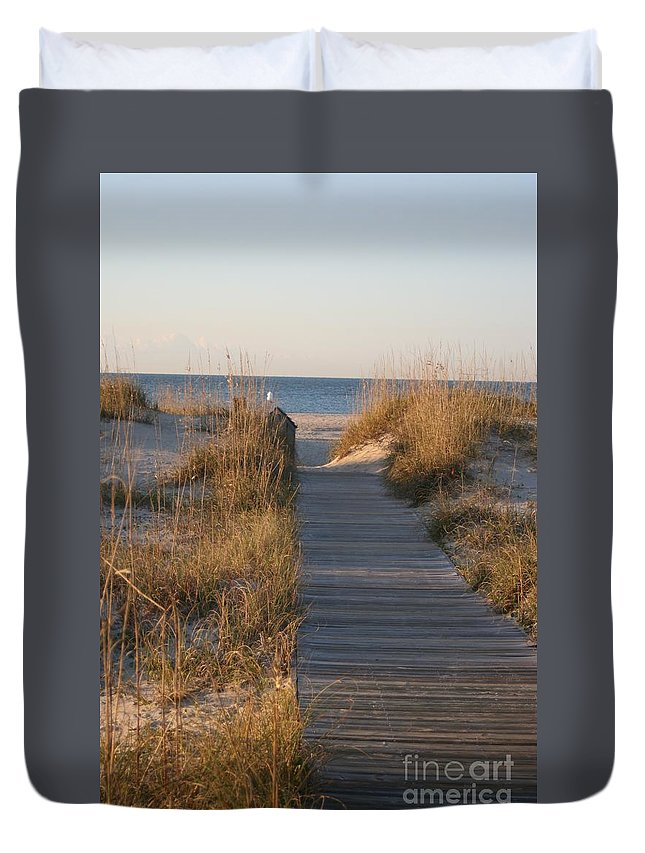 Boardwalk Duvet Cover featuring the photograph Boardwalk To The Beach by Nadine Rippelmeyer