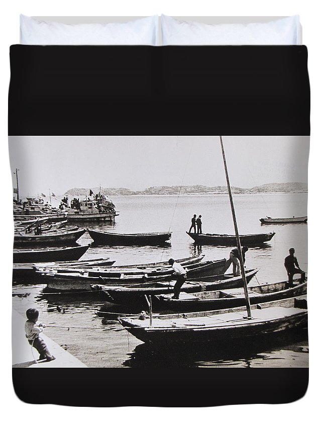 Boats Duvet Cover featuring the photograph Boatmen by Charles Ray