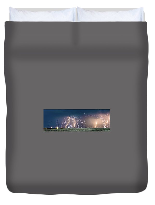Lightning Duvet Cover featuring the photograph Bolts Over Bushland by Brandon Green
