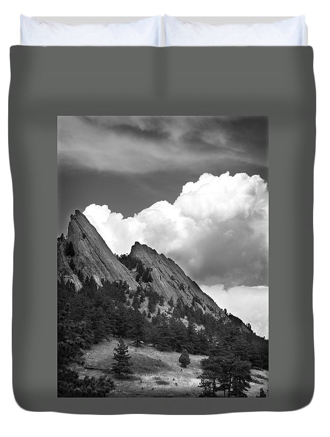 Flatirons Duvet Cover featuring the photograph Boulder Flatirons 2 by Marilyn Hunt