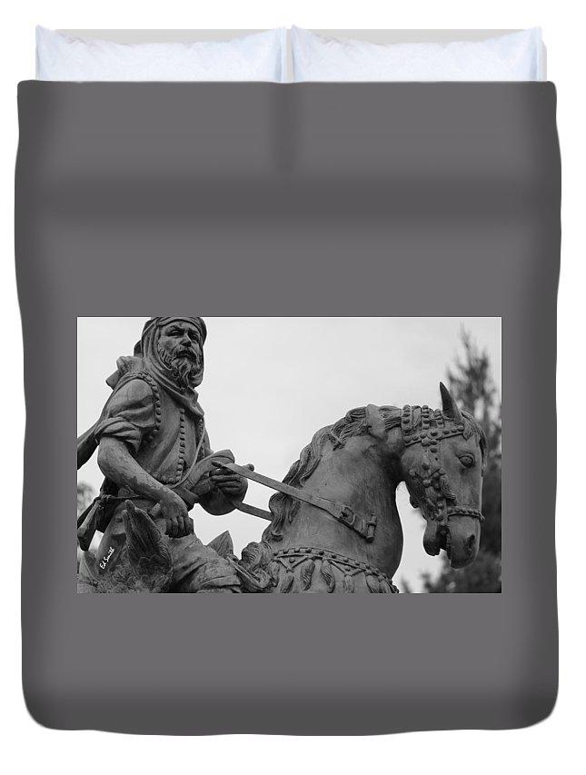 Brave Explorer Duvet Cover featuring the photograph Brave Explorer by Edward Smith