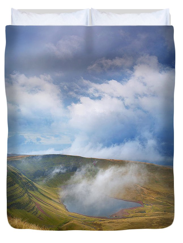 Brecon Beacons Duvet Cover featuring the photograph Brecon Beacons National Park 3 by Phil Fitzsimmons