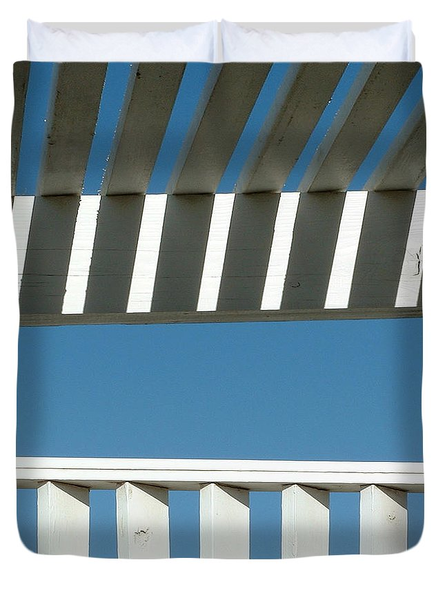 Pergola Duvet Cover featuring the photograph Breezeway by Stan Magnan