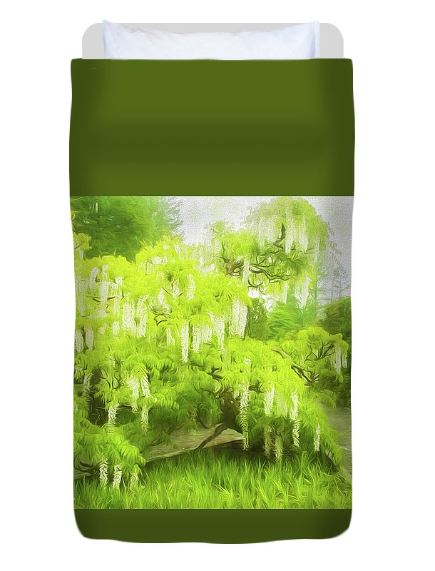 Gardens Duvet Cover featuring the photograph Bridal Showers by Marilyn Cornwell