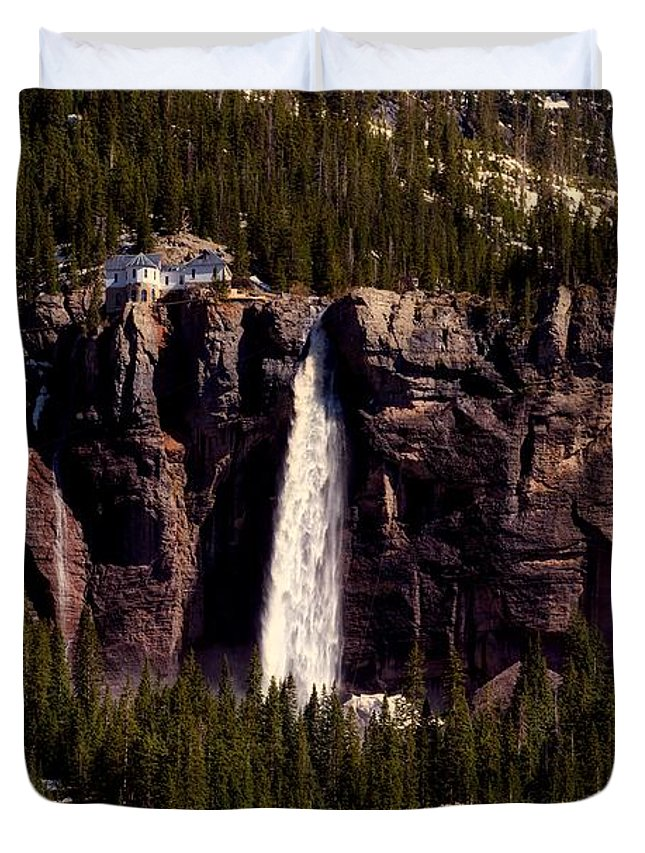 Overlook Duvet Cover featuring the photograph Bridal Veil Falls by L O C
