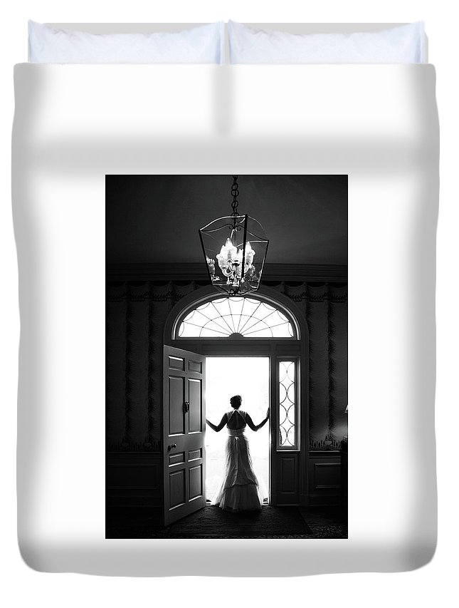 Bride Duvet Cover featuring the photograph Bride Silhouette by Lisa Lemmons-Powers