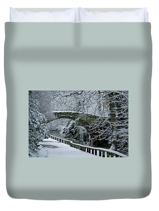 Stone Duvet Cover featuring the photograph Bridge In Snow by David Pringle