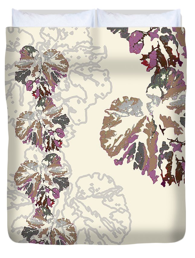 Leaves Duvet Cover featuring the digital art Brin by Ceil Diskin