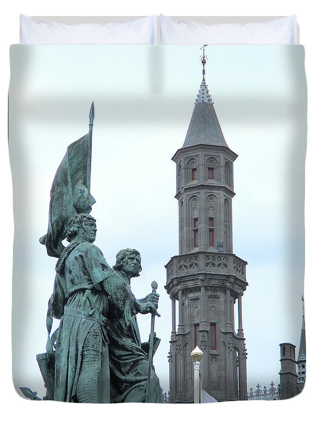 Bruges Duvet Cover featuring the photograph Bruges Markt 5 by Randall Weidner