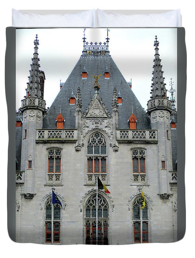 Bruges Duvet Cover featuring the photograph Bruges Markt 8 by Randall Weidner