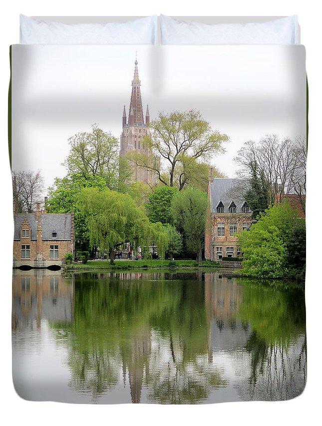 Bruges Duvet Cover featuring the photograph Bruges Minnewater 3 by Randall Weidner
