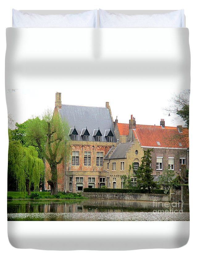 Bruges Duvet Cover featuring the photograph Bruges Sashuis 1 by Randall Weidner