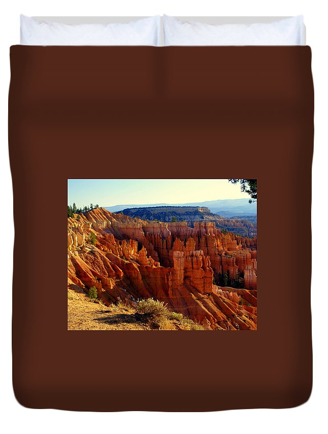 Br Duvet Cover featuring the photograph Bryce 3 by Marty Koch