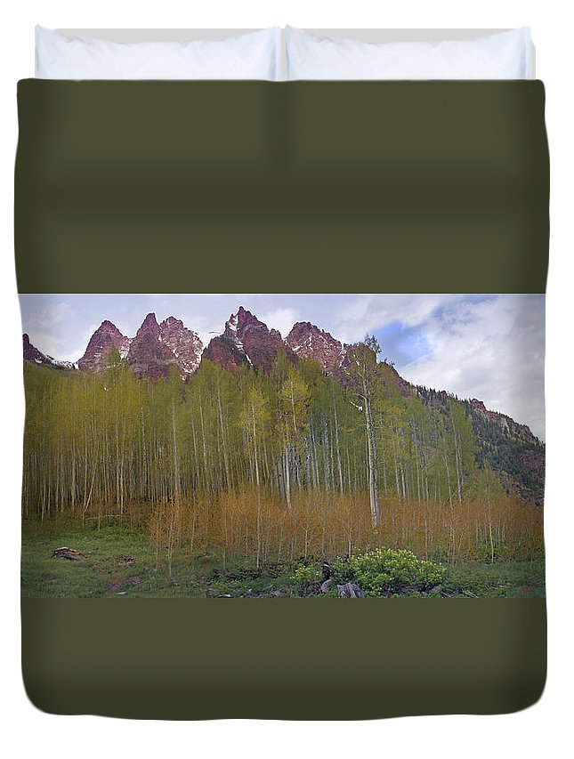 Mountain Duvet Cover featuring the photograph Buckskin Mtn And Friends by Heather Coen