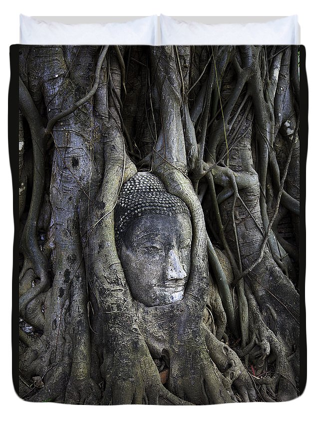 Ayutthaya Duvet Cover featuring the photograph Buddha Head In Tree by Adrian Evans