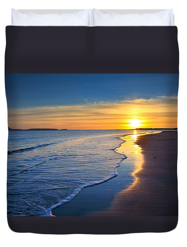 Burry Port Duvet Cover featuring the photograph Burry Port Beach by Phil Fitzsimmons