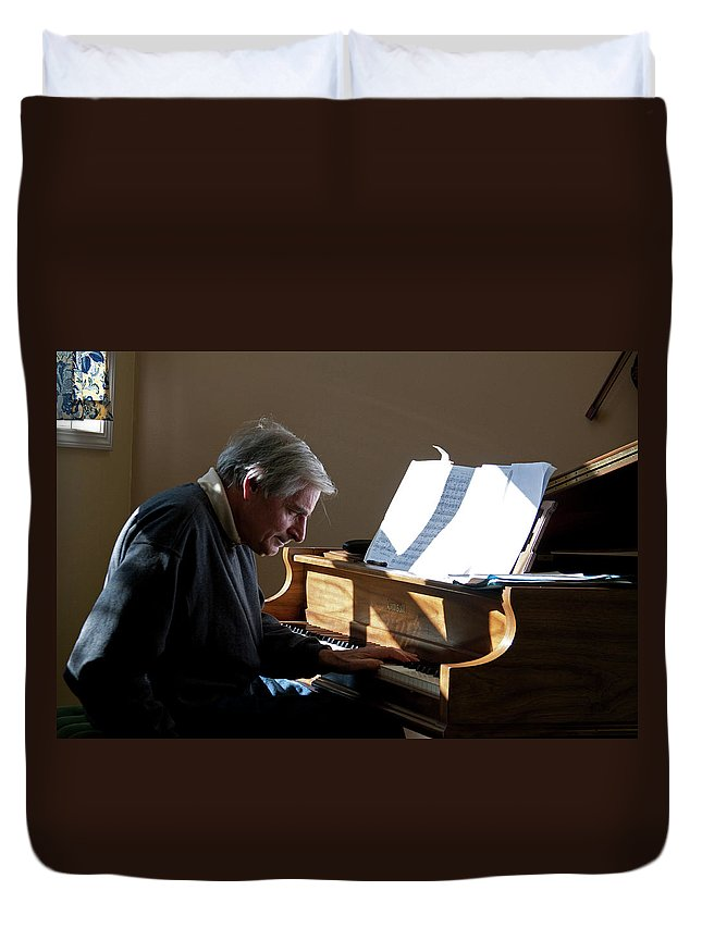 Jazz Duvet Cover featuring the photograph Burton Greene by Lee Santa