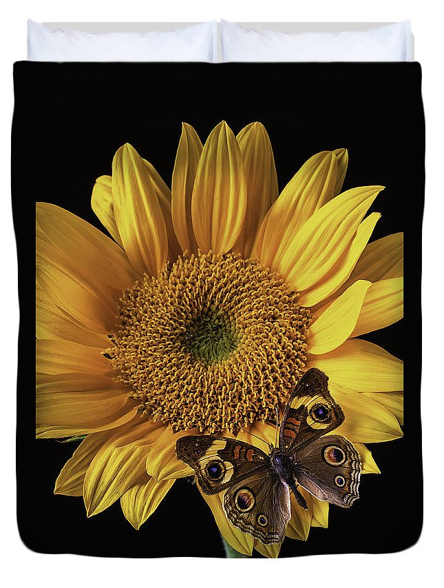 Vertical Duvet Cover featuring the photograph Butterfly Eyes by Garry Gay