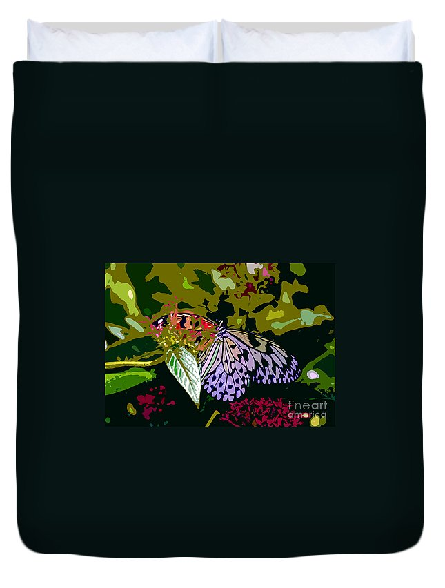 Butterfly Duvet Cover featuring the photograph Butterfly In Garden by David Lee Thompson