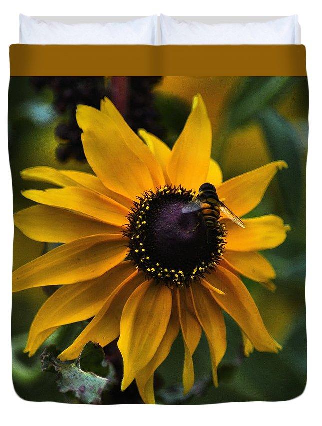 Flower Duvet Cover featuring the photograph Buzzed by Robert McCubbin