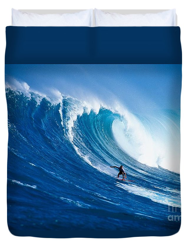 Adrenaline Duvet Cover featuring the photograph Buzzy Kerbox Surfing Big by Erik Aeder - Printscapes