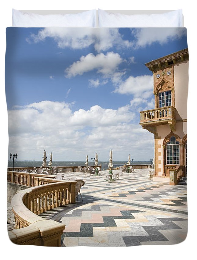 Ringling Duvet Cover featuring the photograph Ca D'zan Mansion Sarasota by Mal Bray