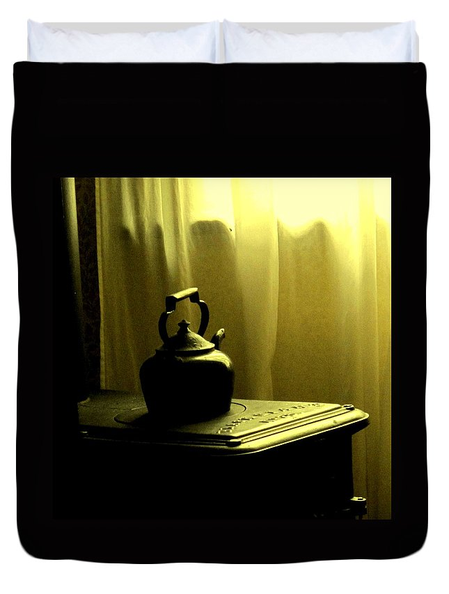 Kettle Duvet Cover featuring the photograph Calling The Kettle Black by Ian MacDonald