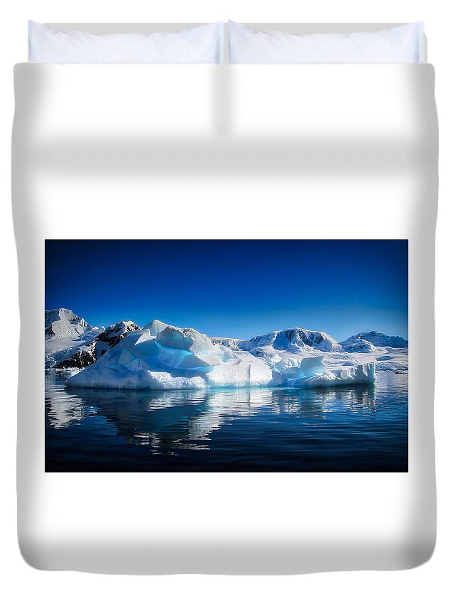 Cold Duvet Cover featuring the photograph Calm Ice by James Kenning