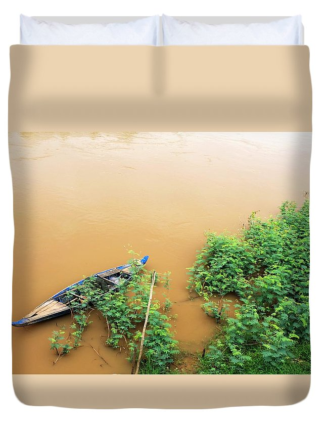 Shore Duvet Cover featuring the photograph Cambodian Fishing Boat by John Cumbow
