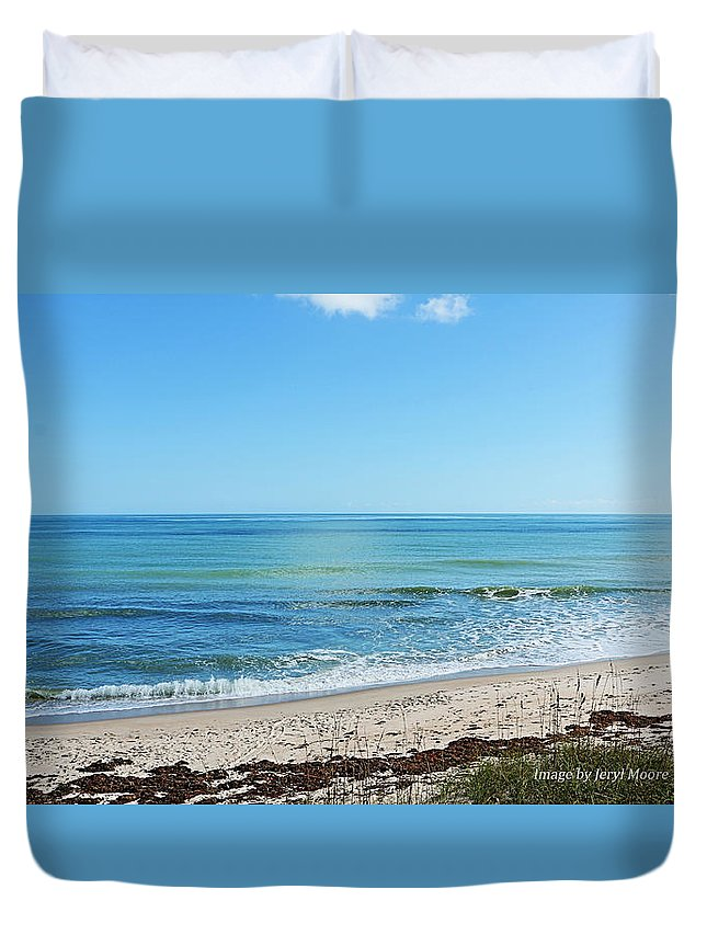 Playalinda Beach In The Morning Duvet Cover featuring the photograph Canaveral National Seashore by Jeryl Moore