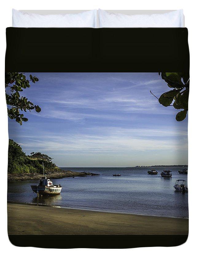 Ubu Beach Duvet Cover featuring the photograph Cantinho Em Ubu by Victor Fernandes