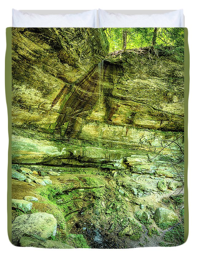 Cliff Duvet Cover featuring the photograph Cantwell Cliffs 2 Hocking Hills by Tom Clark