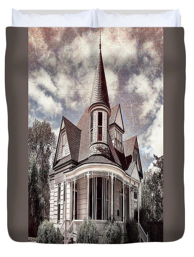 Architecture Duvet Cover featuring the photograph Canyon Home 2 by Sherry Adkins