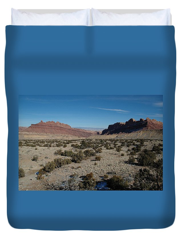 Utah Duvet Cover featuring the painting Canyon Lands by Dennis Rundlett
