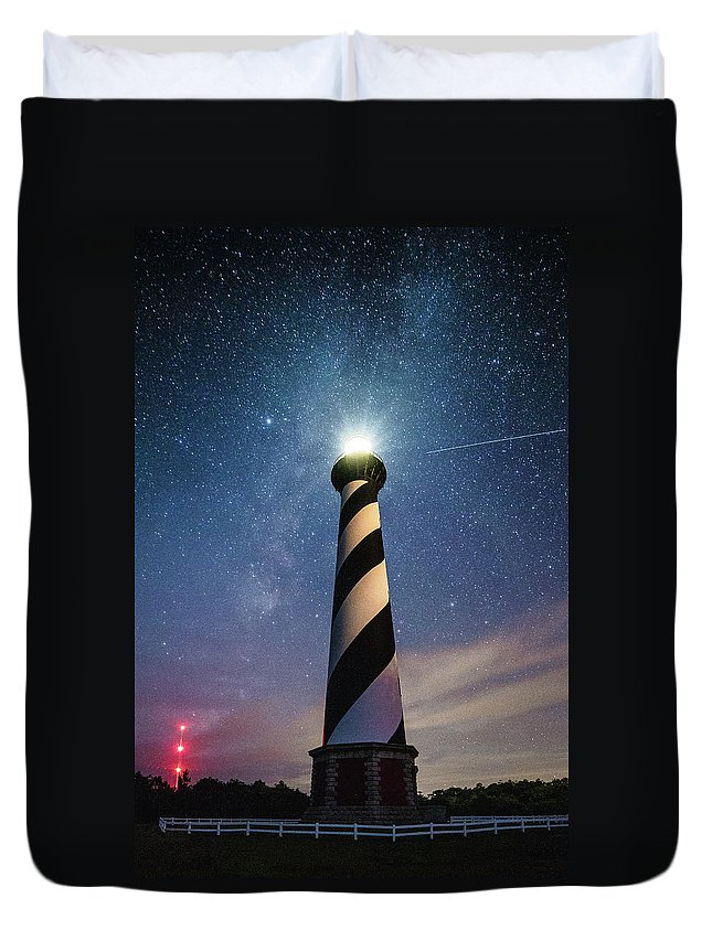 Obx Duvet Cover featuring the photograph Cape Hatteras Light Under The Stars by Nick Noble