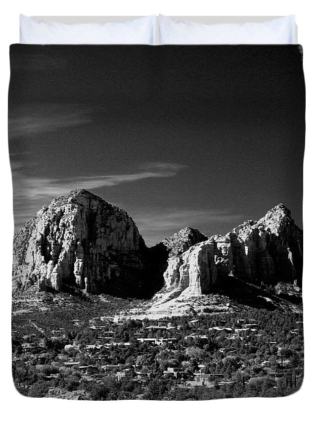 Arizona Duvet Cover featuring the photograph Capital Dome I by Randy Oberg