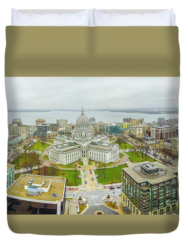 Madison Duvet Cover featuring the photograph Capital Panoramic by Randy Kostichka
