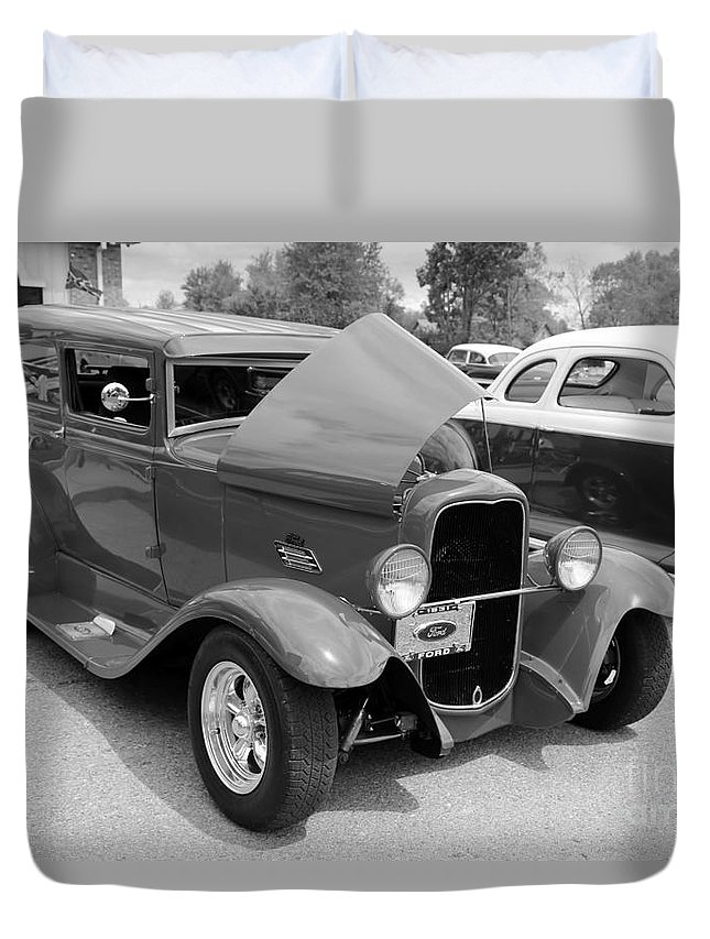 Car Duvet Cover featuring the photograph Car 1941 by Dwight Cook