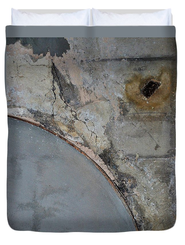 Architecture Duvet Cover featuring the photograph Carlton 5 by Tim Nyberg
