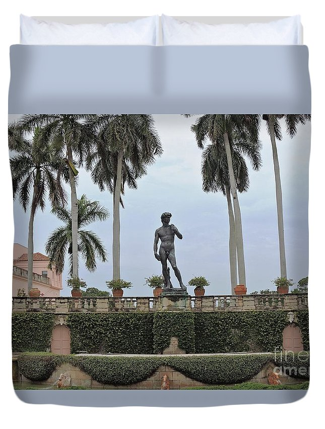 Statue Duvet Cover featuring the photograph Cast In Bronze by Beth Williams