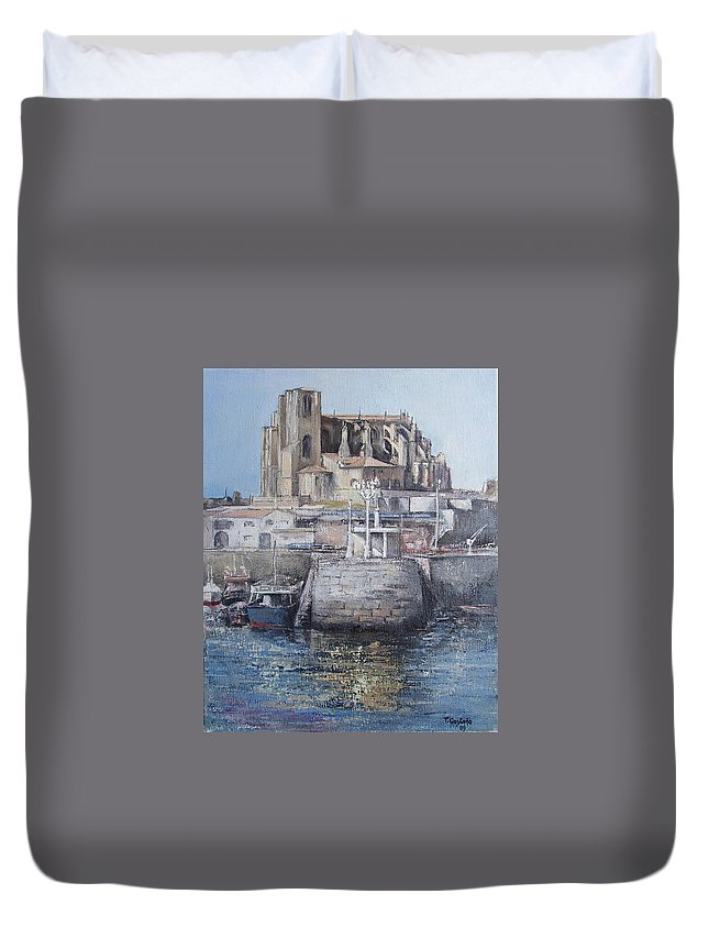 Castro Duvet Cover featuring the painting Castro Urdiales by Tomas Castano