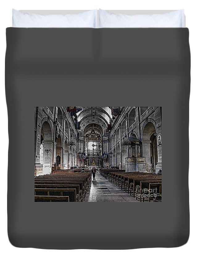 Cathedral Duvet Cover featuring the photograph Cathedral by Charuhas Images