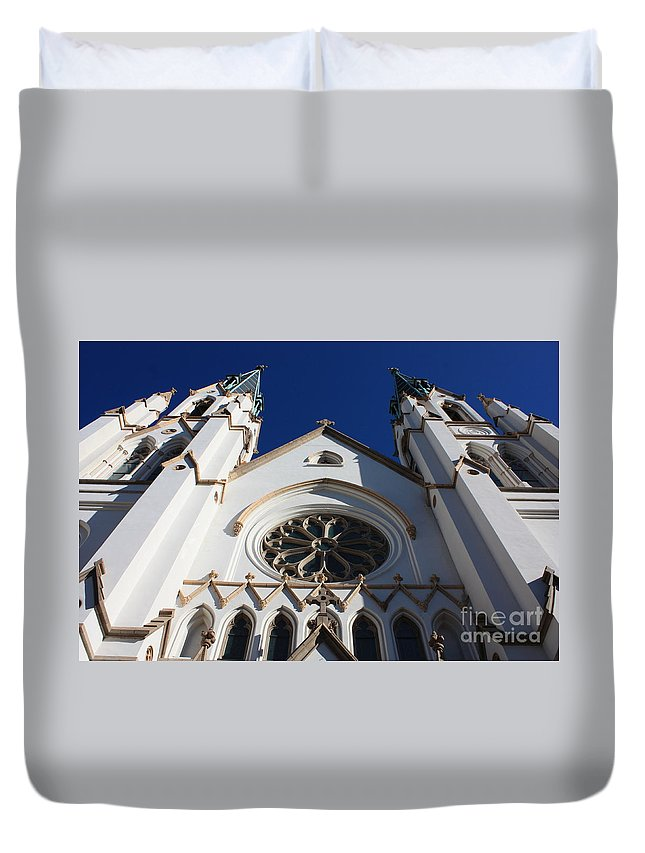 Cathedral Of St John The Babtist Duvet Cover featuring the photograph Cathedral Of St John The Babtist In Savannah by Carol Groenen
