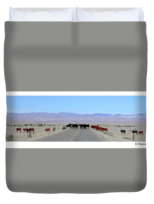 Duvet Cover featuring the photograph Cattle Crossing by R Thomas Berner