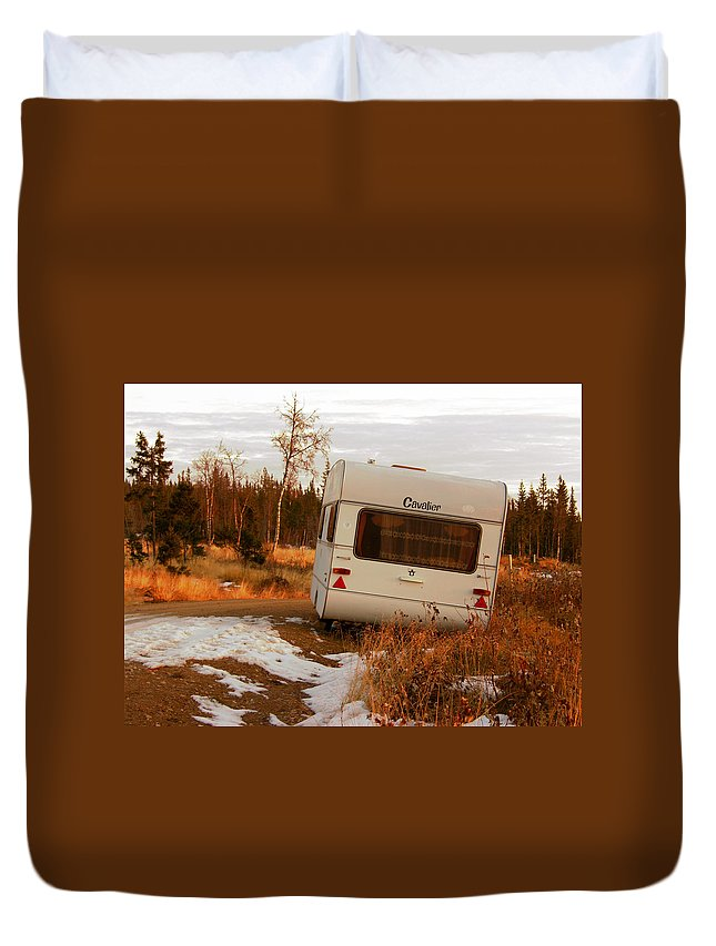Caravan Duvet Cover featuring the photograph Cavalier by Are Lund