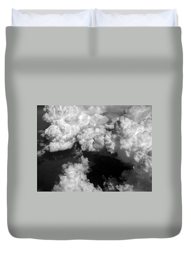 Aviation Art Duvet Cover featuring the photograph Cb1.42 by Strato ThreeSIXTYFive