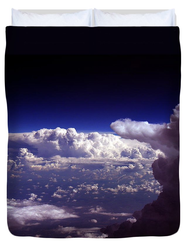 Aviation Art Duvet Cover featuring the photograph Cb2.076 by Strato ThreeSIXTYFive