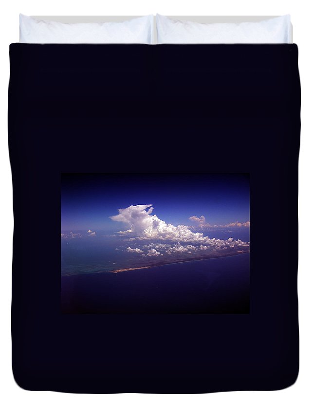 Aviation Art Duvet Cover featuring the photograph Cb2.195 by Strato ThreeSIXTYFive