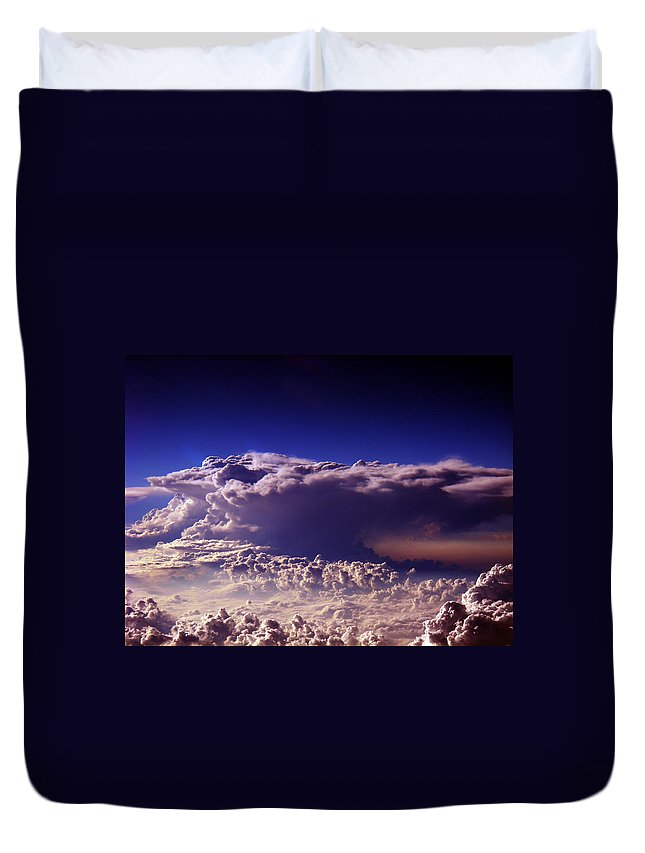 Aviation Art Duvet Cover featuring the photograph Cb2.224 by Strato ThreeSIXTYFive
