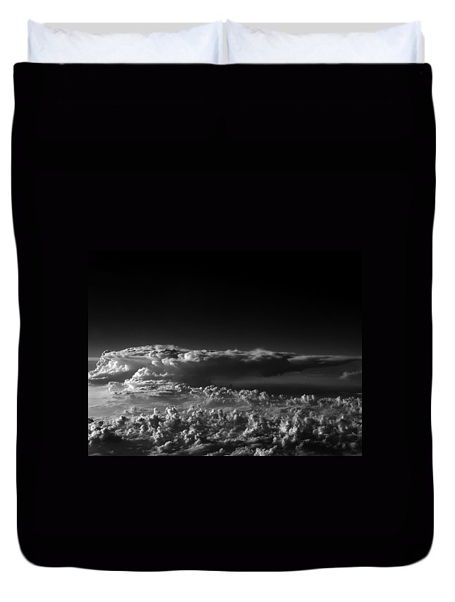 Aviation Art Duvet Cover featuring the photograph Cb2.226 by Strato ThreeSIXTYFive
